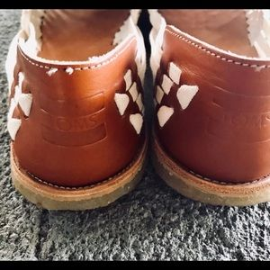 d0245ff90de0b Toms Shoes - Brand new Toms real leather
